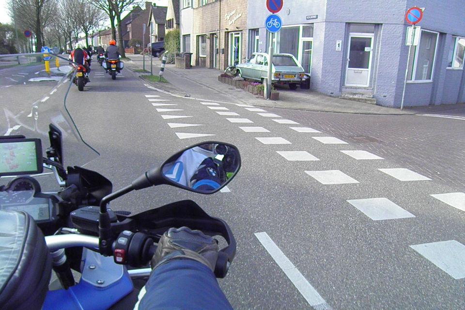 Motorrijbewijspoint Gouda theorie cursus online